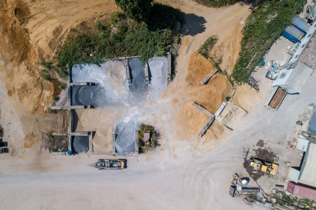 Drohnen-Fotografie: Luftaufnahme Firmengelände