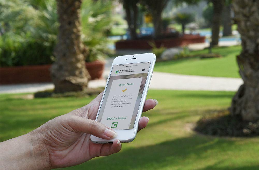 Referenz Gartenbau Zanders Responsive Webdesign Smartphone